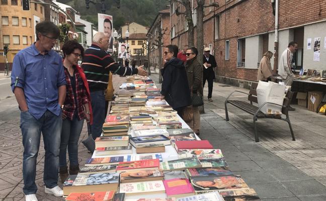 Blimea saca los libros a las calles