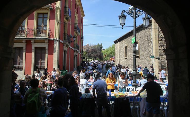 ¿Estuviste en la Comida en la Calle en Avilés? ¡Búscate en las fotos! (V)