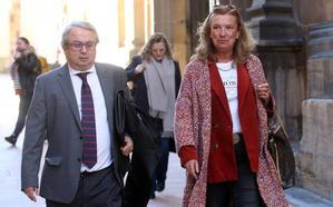 El TSJA mantiene como investigada a Dolores Campillo por prevaricación administrativa