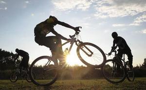 Un joven de 15 años pega una paliza a su madre en Gijón por no dejarle salir en bicicleta