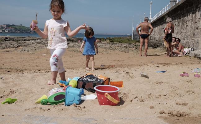 Asturias espera «un verano de récord turístico» tras el lleno logrado en Semana Santa