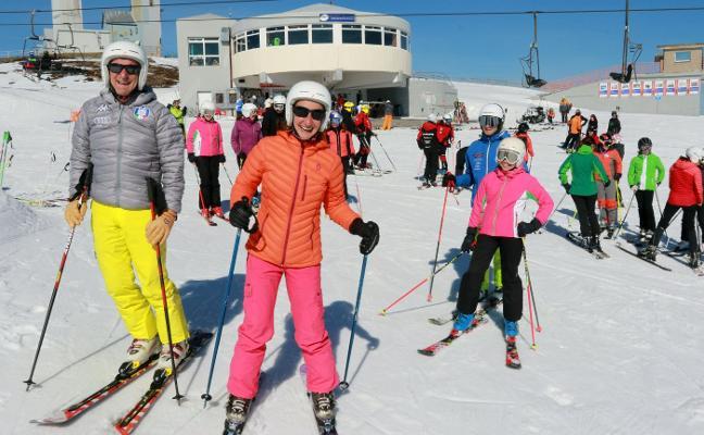 La temporada se cierra con 27.000 esquiadores menos que el año pasado