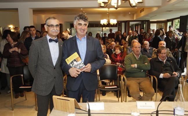 «La fabada no apareció en la mesa asturiana hasta el siglo XX»