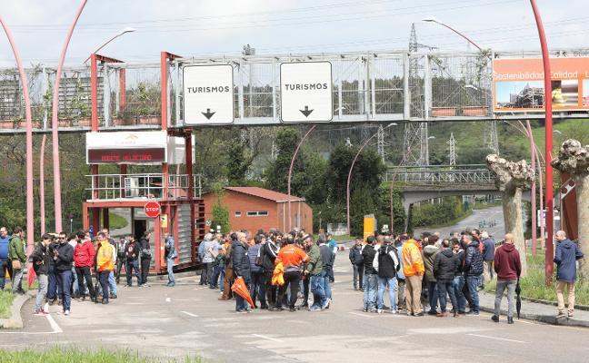 Los sindicatos amenazan con intensificar las protestas tras el «éxito» de la huelga en Arcelor