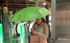 La tromba de agua caída en Oviedo inunda la estación de Renfe