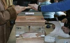 ¿Aún sin tarjeta censal? Así puedes saber dónde te toca votar en Asturias