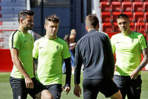 El Sporting se entrena a puerta cerrada en El Molinón