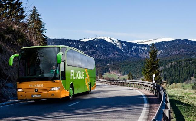 El transporte por carretera de bajo coste se pone en marcha en Asturias