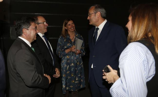 Llorca: «Los puertos sin instalaciones gasistas quedarán fuera del mercado»
