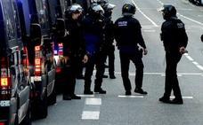 Los Mossos investigan la muerte de un joven de 17 años cerca de un Instituto en Barcelona