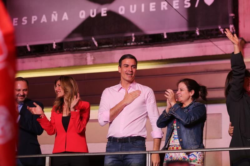 Celebración en la sede del PSOE en Madrid
