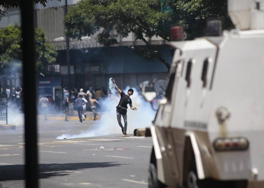 La tensa situación en Venezuela en imagenes