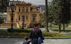 El Consistorio de Oviedo culpa a De Lorenzo, Cuervas-Mons, Reinares y Caunedo «del pufo de Villa Magdalena»