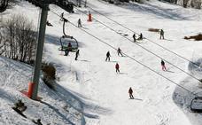 El PP de Asturias y León proponen fusionar las estaciones de esquí de Fuentes de Invierno y San Isidro