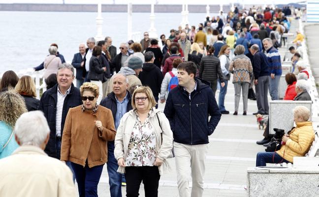Vecinos y empresarios de Gijón apoyan la determinación municipal contra los pisos turísticos irregulares