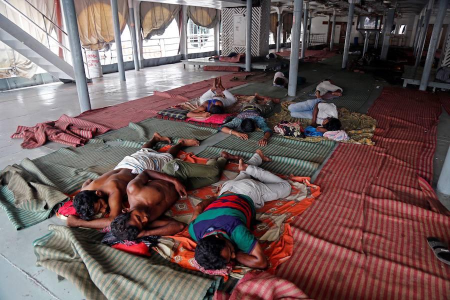 El ciclón Fani asola India
