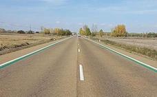 ¿Por qué la DGT ha empezado a pintar líneas verdes en las carreteras?