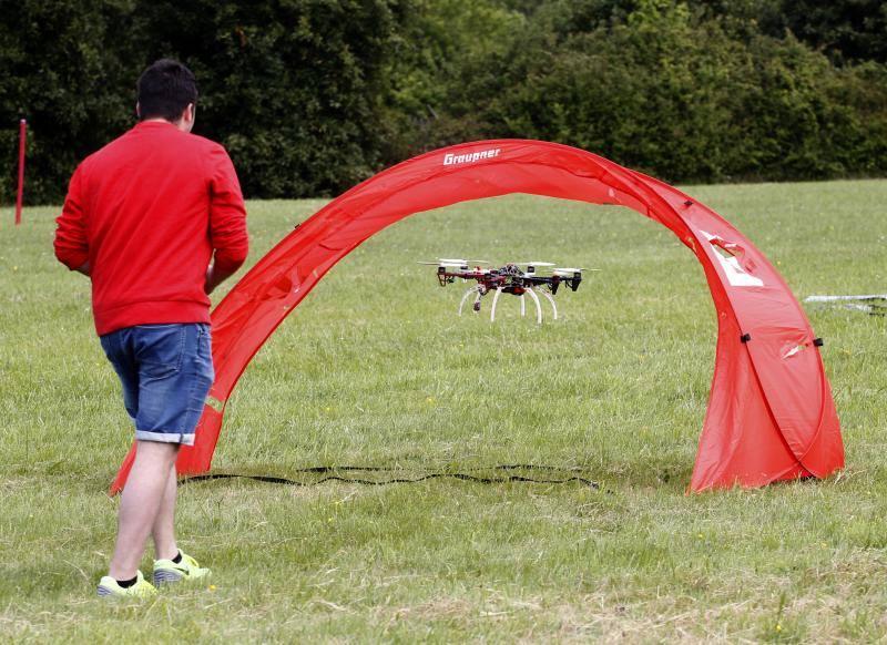 Competición de drones en la Politécnica