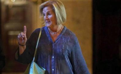 El Govern acepta la «renuncia» de Núria de Gispert a la Cruz de Sant Jordi