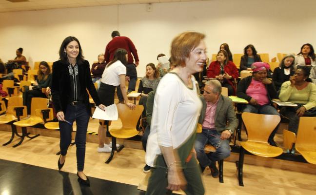 «El 58% de las personas en paro de Gijón son mujeres», advierte la edil Ana Braña