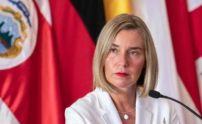 La UE pide a Irán que siga con sus obligaciones nucleares y lamenta las sanciones de EE UU