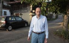 Rubalcaba: «Venir a Llanes es como volver a casa»