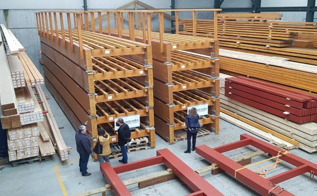 16 de los 18 módulos de madera de la pasarela de Nuevo Roces están listos