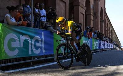Golpe encima de la mesa de Roglic para comenzar el Giro