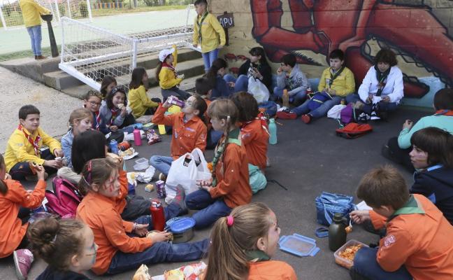Los scouts festejan en Siero a su patrono