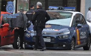 Dos detenidos en Gijón por colaborar con un grupo criminal en el asalto a viviendas