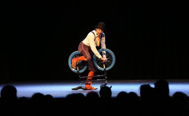 Triple actuación del festival 'Risas Mágicas'