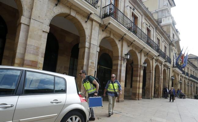 La Fiscalía investiga al excomisario de Oviedo por retirar una multa al coordinador de IU