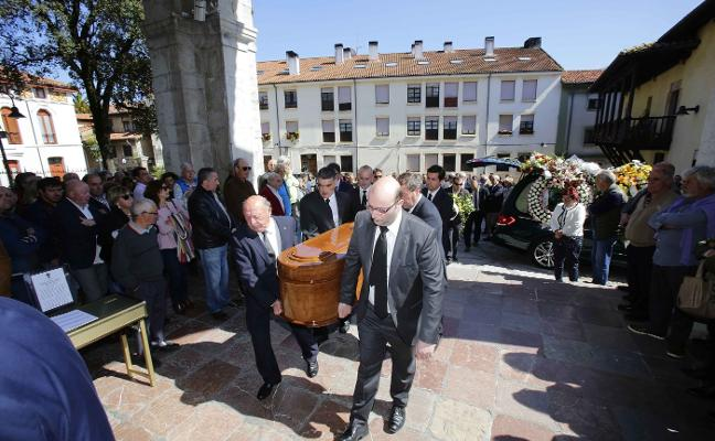 Adiós a «una institución de San Roque y de Llanes»