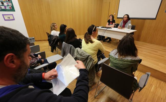Igualdad firma el convenio con el centro de FP Cerdeño para formar estudiantes