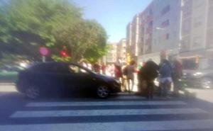 Una mujer, herida en un atropello en Gijón