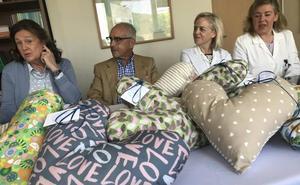 Corazones terapéuticos para las pacientes de cáncer de mama del Valle del Nalón