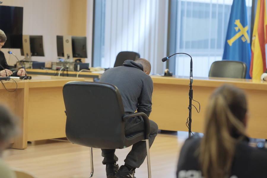 Dos años de prisión y una multa de 50.000 euros para el ciudadano marroquí juzgado por vender droga en Pumarín