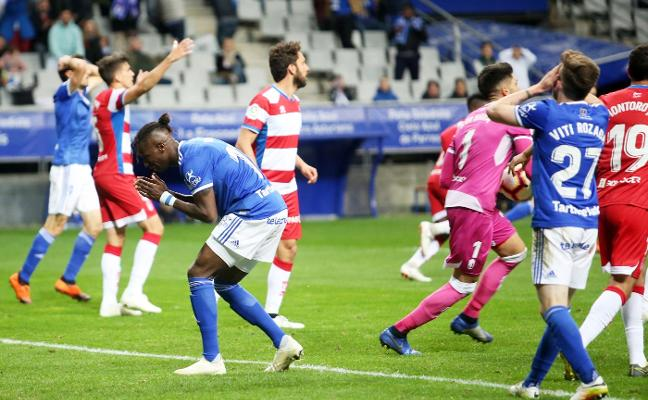 El Oviedo pincha en el Carlos Tartiere