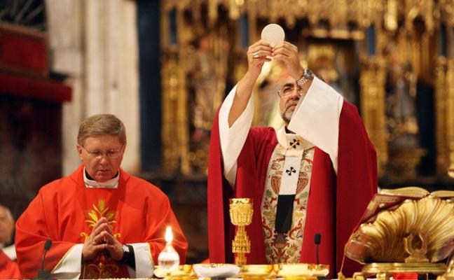 Fallece el obispo asturiano Juan Antonio Menéndez, que lideraba la lucha contra la pederastia desde la Iglesia