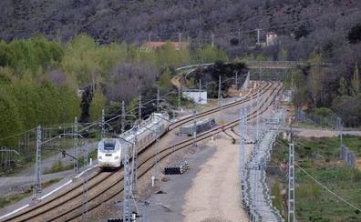 Fomento licita el suministro y transporte de desvíos ferroviarios para la adaptación del tramo hasta la Variante de Pajares