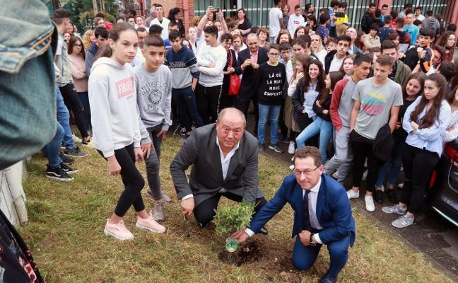 «El pasado de Turón bien se merece un buen futuro»