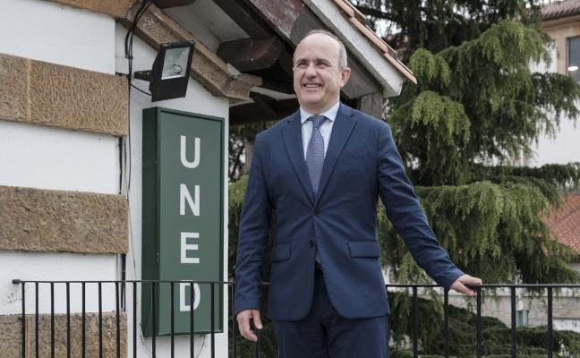 «En el curso 2020-2021 ofreceremos dos nuevas titulaciones en Asturias»