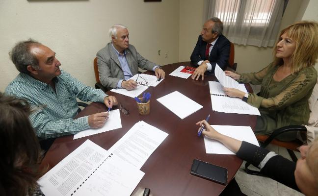 López propone crear un consejo sectorial para «dinamizar» el comercio