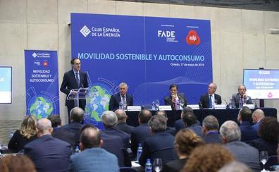 Javier Fernández pide a Europa que «no pise el acelerador» de la descarbonización