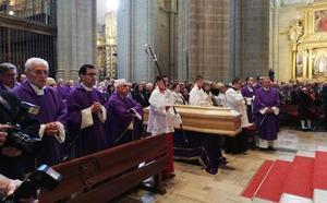 Astorga despide a su «buen pastor»