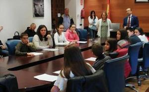 Cangas del Narcea construirá en el colegio de Obanca un parque infantil de tráfico