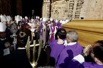 El último adiós al obispo de Astorga
