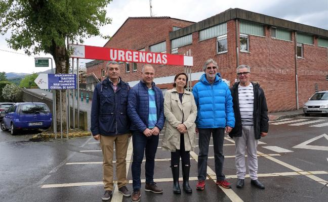 Carmen Moriyón se compromete a impulsar el hospital de Arriondas