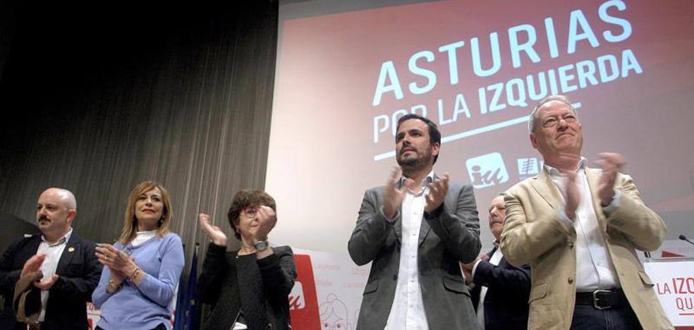 Garzón llama a la movilización para frenar a la derecha «reaccionaria, franquista y radicalizada»