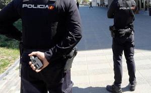 Detenidos cuatro jóvenes por tratar de agredir sexualmente a una mujer en Valencia